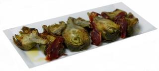 Alcachofas enlatada con jamón al ajillo
