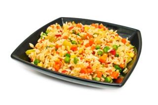 Arroz integral con menestra de verduras