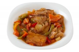 Bacalao en guiso de verduras