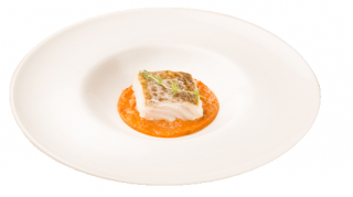 Bacalao con salsa de marisco