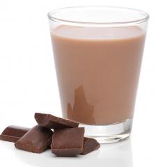 Leche desnatada con cacao en polvo sin azúcar