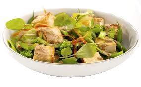 Ensalada de tofu y nueces