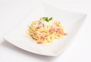 espaguetis integrales carbonara con soja