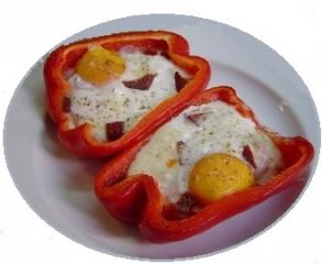 Huevos sobre pimientos al horno