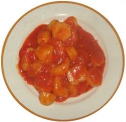Patatas cocidas (en microondas) con tomate frito