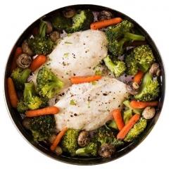 pollo al vapor con menestra de verduras