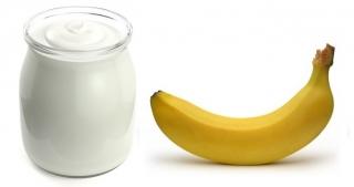 Yogur (sin lactosa si eres intolerante) y plátano